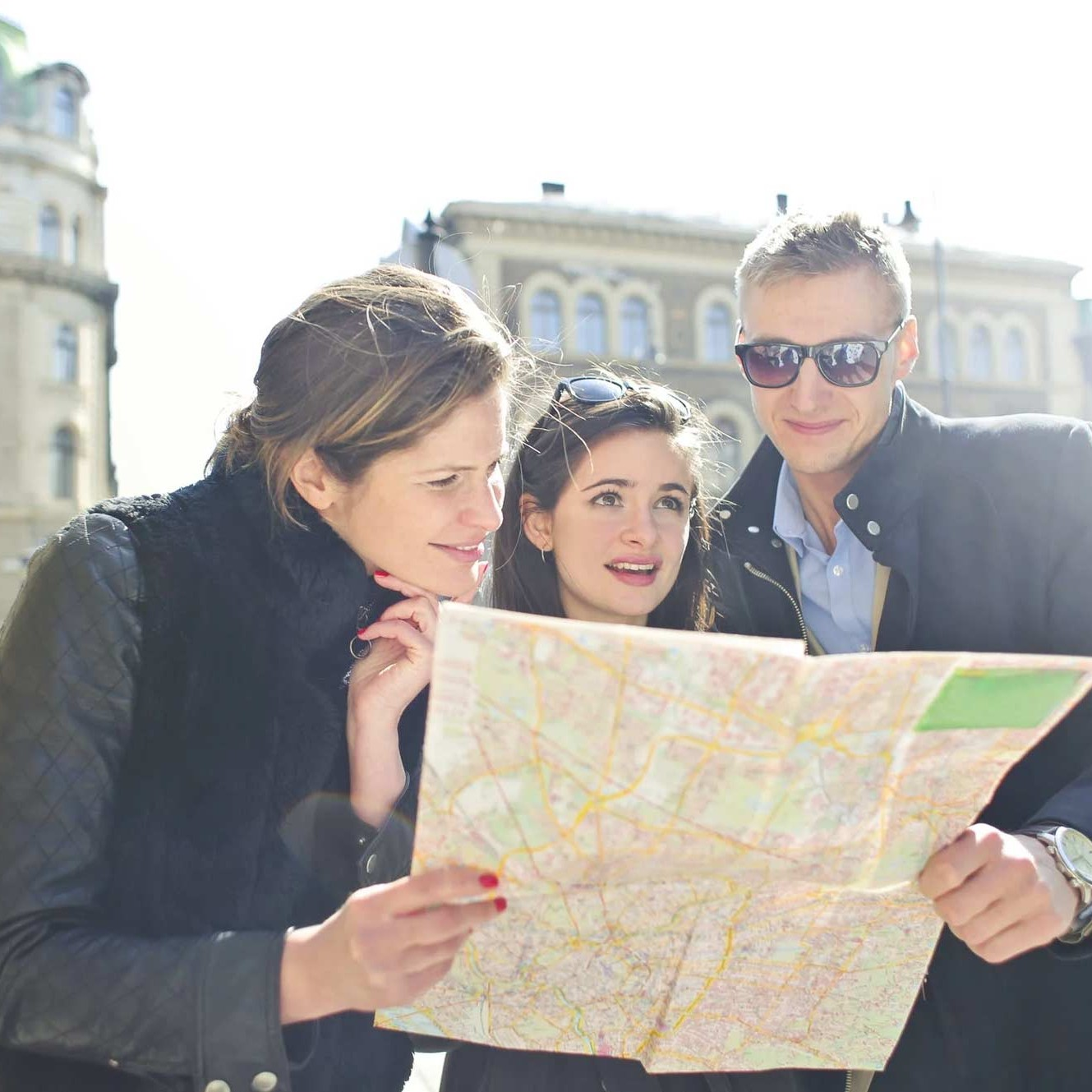A travel guide for couples: 5 tips for working through holiday difficulties